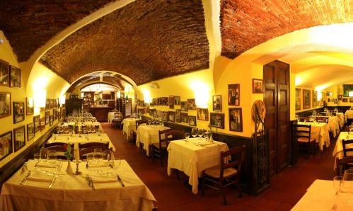 New Year's Eve 2017 at the restaurant Buca San Giovanni in Florence's historic center