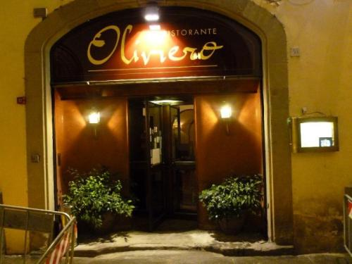 Restaurant Oliviero in the center of Florence, Via Tornabuoni area