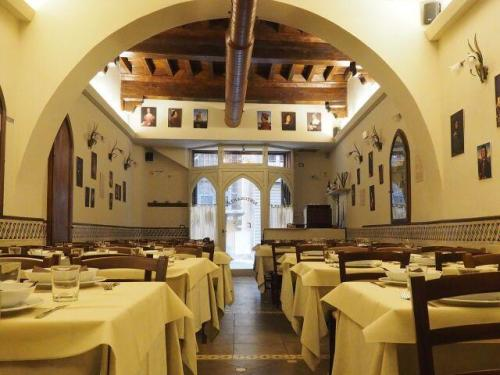 Tuscan New Year's Eve dinner at the Bottega Vasari restaurant in the historic center of Florence