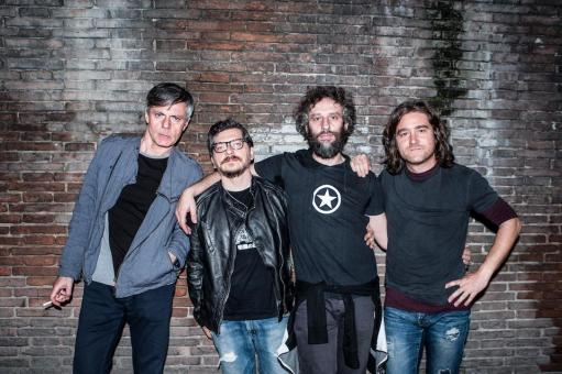 Rock on the shore of Arno with the Diaframma concert