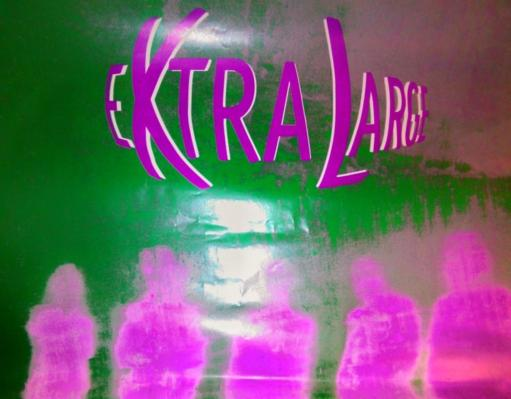 EXTRALARGE live